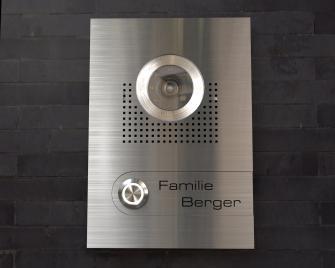 Video Türsprechanlage 15x22cm; austauschbare Gravur