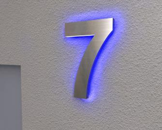 Beleuchtete Hausnummer 7 Ambilight